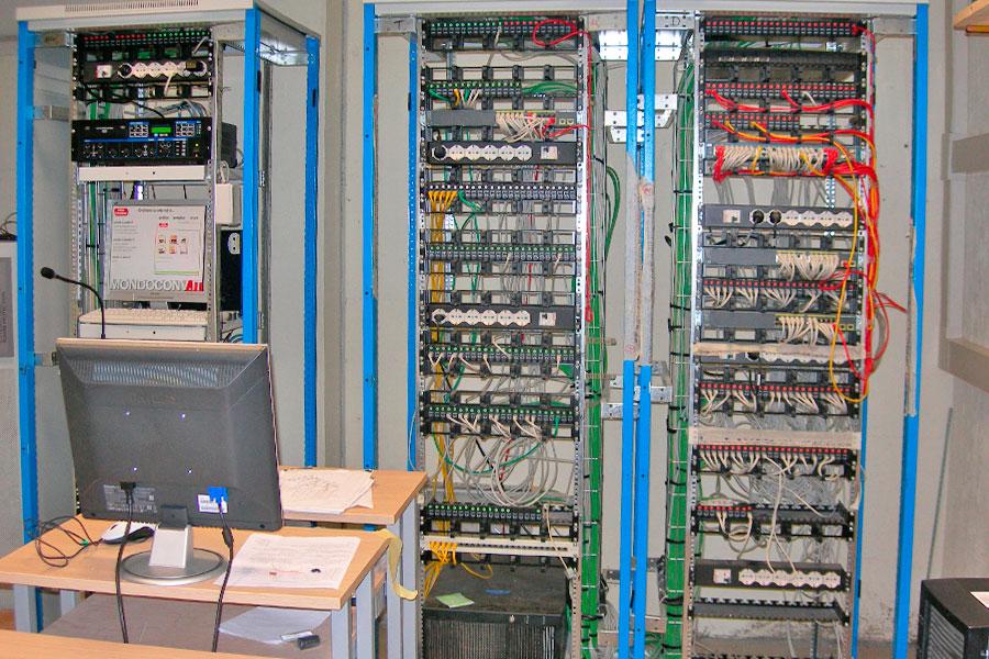 Impianto elettrico per Mondo Convenienza - Eltech srl